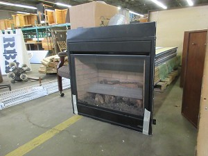 Fireplace insert w/piping (Lennox MPD 35'')